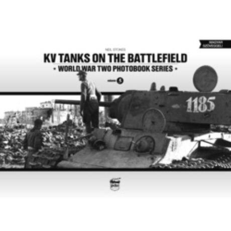 KV TANKS ON THE BATTLEFIELD